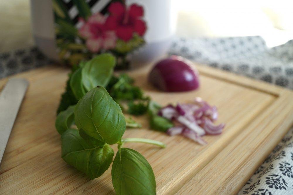 Käsefondue im Brotlaib Yula Pflanzgefäße